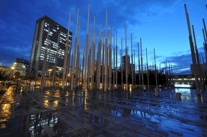 Plaza Cisneros, Medellín