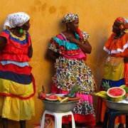 Palenqueras, women from San Basilio de Palenque. A symbol of Cartagena