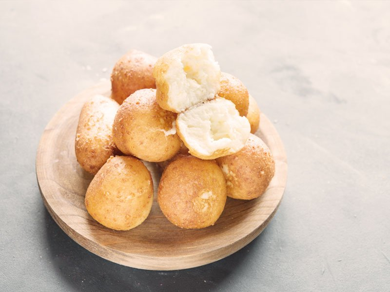 Colombian Christmas Traditions: Buñuelos
