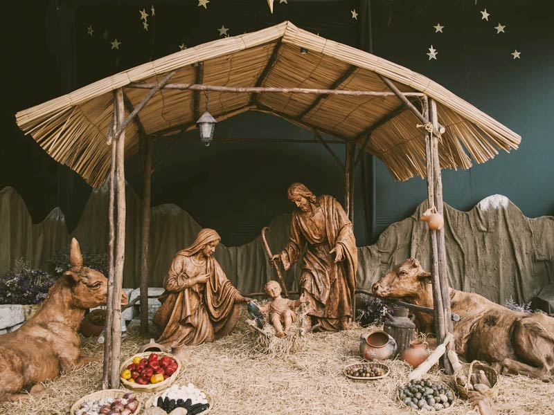Colombian Christmas Traditions: Pesebre